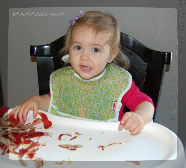 Cooking with kids_Slow cooker applesauce