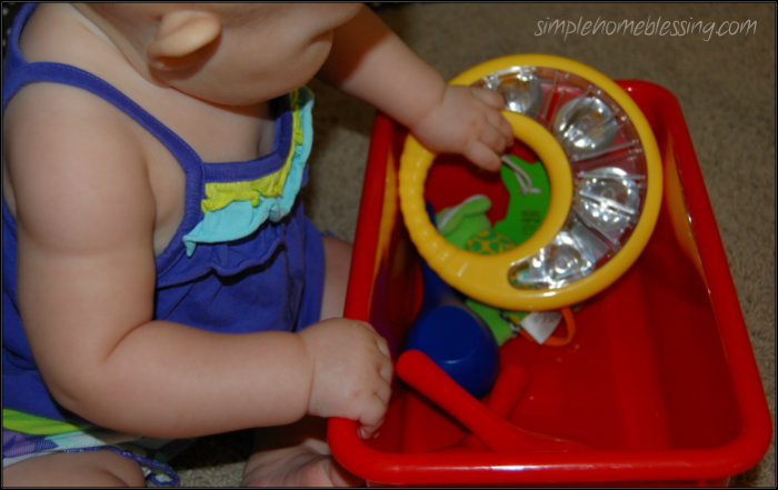 baby play sound bin Baby Play: Introducing Sound Concepts