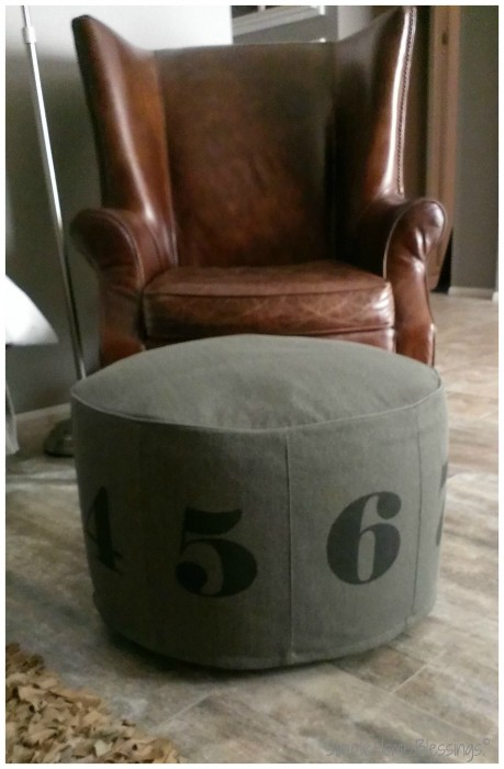 seven year itch - Library chair and pouf
