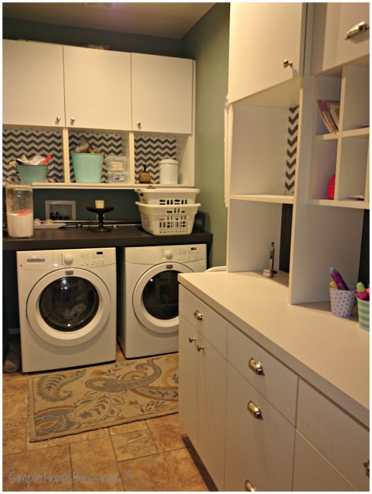 #ClutterFree Laundry Room, after