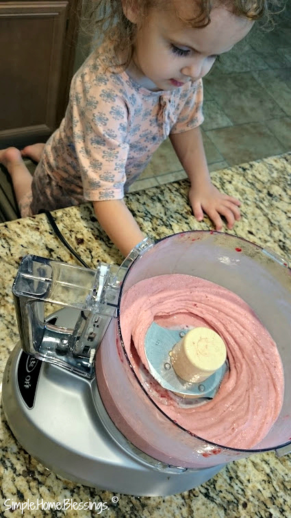 a tasty treat for summer, even kids can make