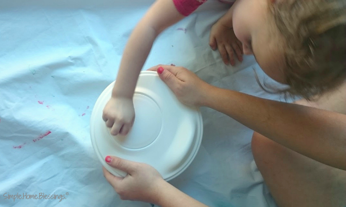 Spin Art Easter Eggs - in a salad spinner
